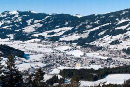 Traumblick auf die Bergwelt von Gaisberg bis Kitzbüheler Horn