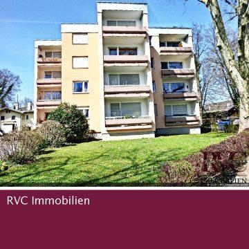 Balkonjuwel in zentrumsnaher Ruhelage, 83395 Freilassing, Etagenwohnung